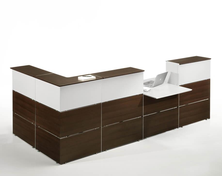 Sillas de madera para comedor clasicas for Sillas de madera clasicas tapizadas